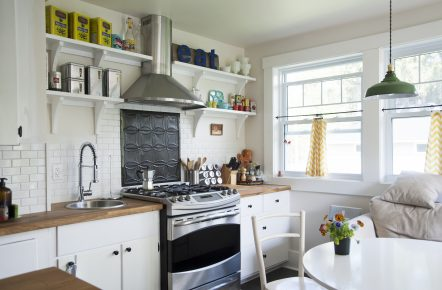 country-style-kitchen-renovations