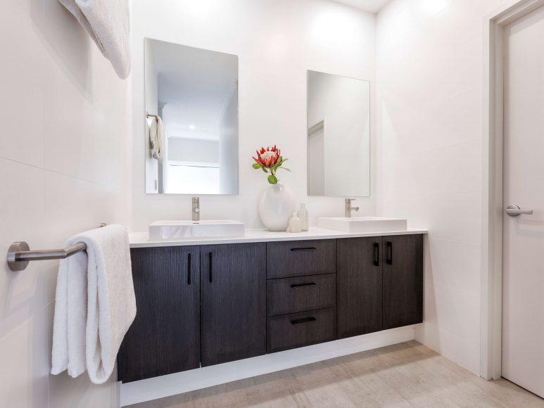 Awe Inspiring Essential Bathroom Renovation Ideas For A Perth Home Kbl Beutiful Home Inspiration Ommitmahrainfo
